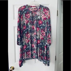 Umgee Floral Boho Tunic Top size M